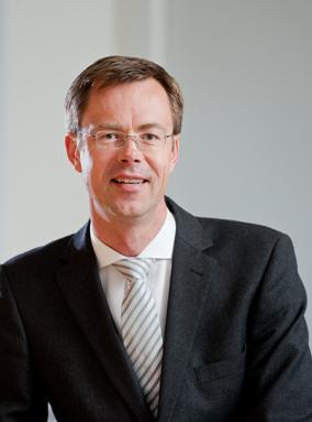 Portrait-Dr-Dirk-Uhlmannsiek